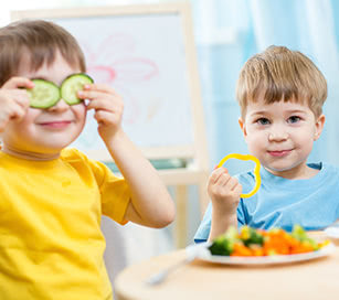 Thumbnail image for 8 Ideas to Help Your Child Eat Healthy Foods